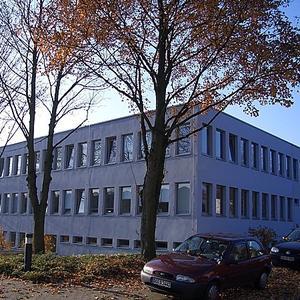 Uni Dortmund, Erweiterung Verwaltungsgebäude