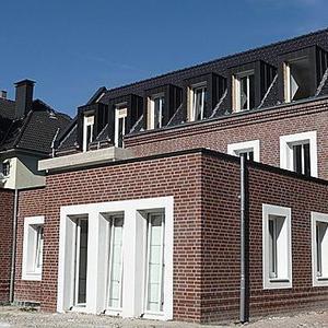 Schlüsselfertige Erstellung eines Mehrfamilienhauses