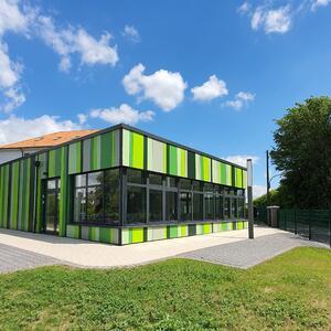 Schule im grünen Winkel - Anbau einer Mensa